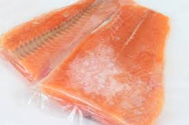 salmon thawing